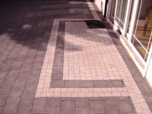 Corrib with Flat Step Detail Driveway
